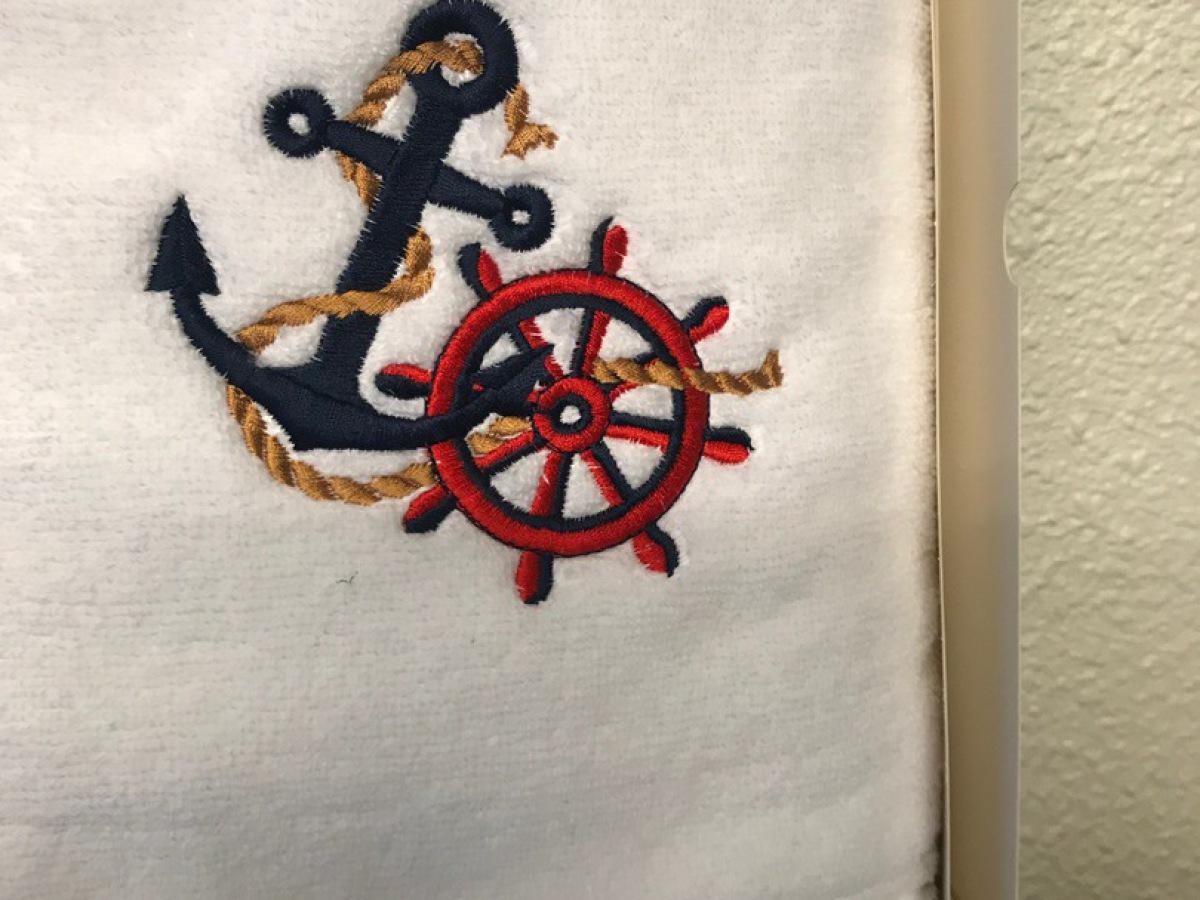 Broderie de serviette à Lorient